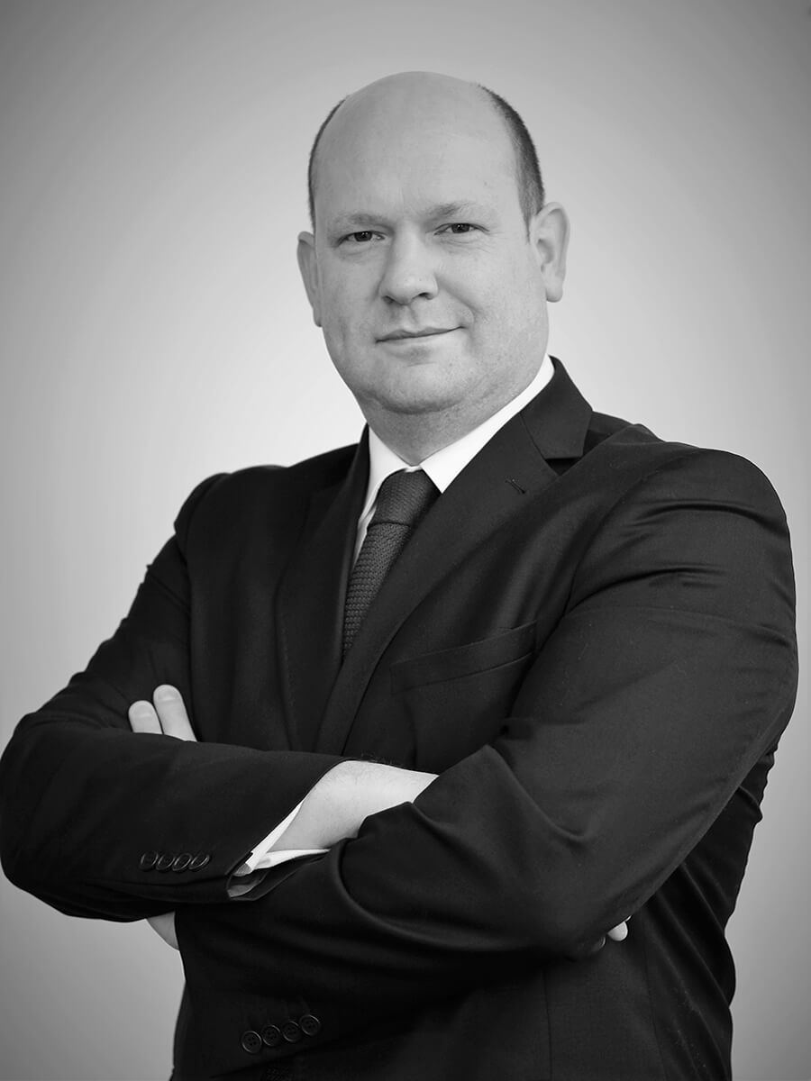 2. Duncan Rennie - Managing Director